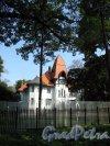 Большая аллея, д. 13. Особняк Э. Г. Фолленвейдера. общий вид. Фото август 2011 г.