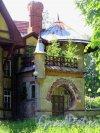 Берёзовая 2-я аллея, д. 32. Дачный особняк Е. К. Гаусвальд. Садовый портал входа. фото июль 2017 г.