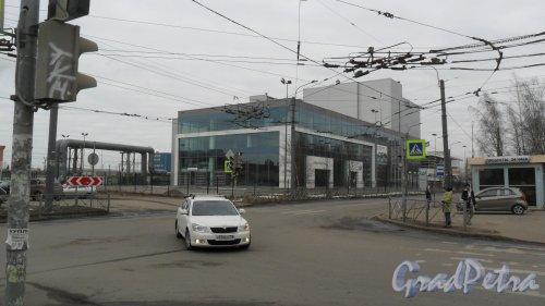 Придорожная аллея, дом 8, литер А. Автоцентр «БалтАвтоТрейд», официальный дилер «Volkswagen» 244-02-01. Фото 13 марта 2016 года.