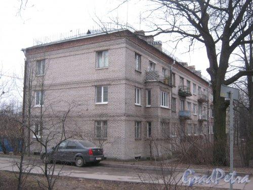Г. Пушкин, Октябрьский бульвар, дом 48. Общий вид здания. Фото 1 марта 2014 г.