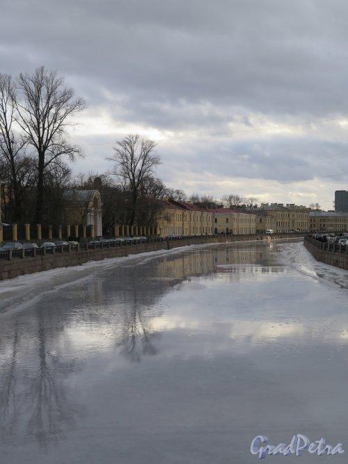 Река Мойка. Вид на Мойку с Зеленого моста. Фото февраль 2015 г.