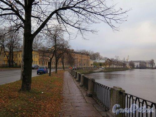 Река Фонтанка. Вид на устье р. Фонтанки (четная сторона) от Старо-Калинкинского моста. фото ноябрь 2017 г.