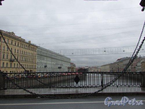 Перспектива реки Фонтанки от моста Ломоносова в сторону Невского проспекта. Фото 13 ноября 2019 года.
