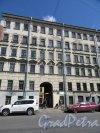 6-я линия В.О., д. 49. Дом Н. П. Гребенки, 1859-60, арх. Н.П. Гребенка. Общий вид фасада. фото май 2018 г.