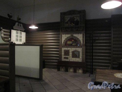 8-я линия В.О., дом 75. Интерьер кафе «Печки-лавочки». Фото 23 октября 2011 года.