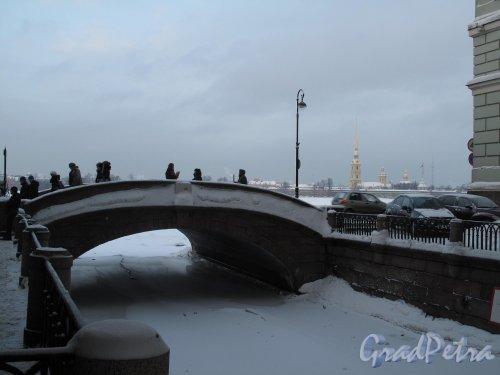 Эрмитажный мост. Зима. Фото январь 2011 г.