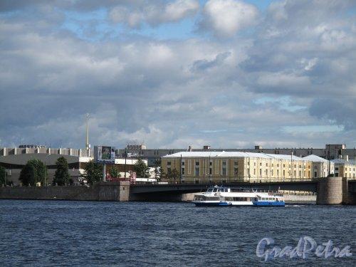 Тучков мост. Вид на мост с наб. Макарова (В.О.) Фото сентябрь 2011 г.