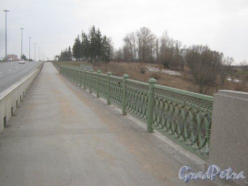 г. Пушкин, мост через р. Кузьминку на Петербургском шоссе. Фото 2 марта 2014 г.
