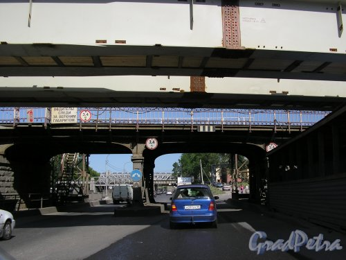 Американские мосты до реконструкции. Фото 8 июня 2007 года.
