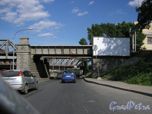 Американские мосты на четной стороне набережной Обводного канала до реконструкции. Фото 8 июня 2007 года.