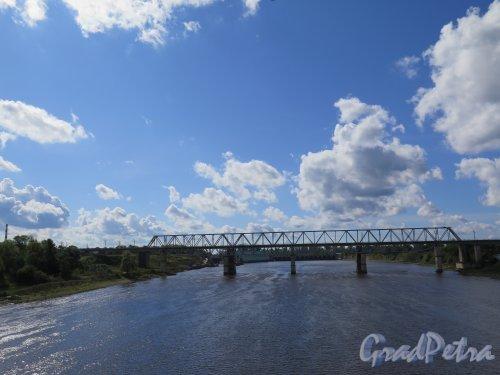 г. Волхов. Железнодорожный мост через р. Волхов. Общий вид август 2014 г