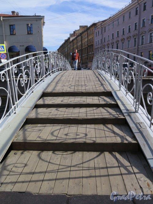 Мучной мост. Покрытие моста. фото август 2016 г.