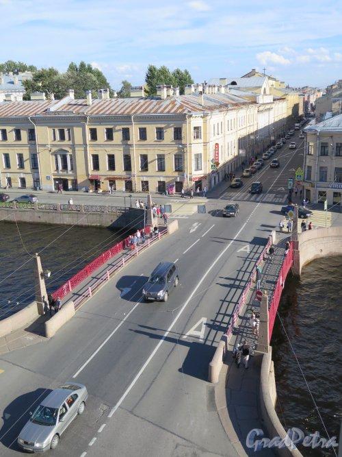 Красный мост и Гороховая улица из окна Универмага «У красного моста». фото август 2016 г.