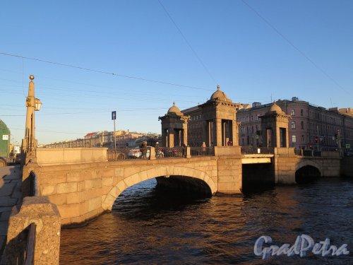 Мост Ломоносова. Вид на мост во время захода солнца. фото ноябрь 2017 г.