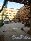 Английская наб., дом 16. Реставрация дворовых флигелей. Фото 21 сентября 2014 года.