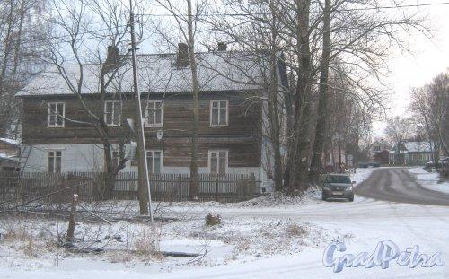 Лен. обл., Выборгский р-н, г. Приморск, наб. Лебедева, дом 3а. Общий вид. Фото 7 декабря 2013 г.