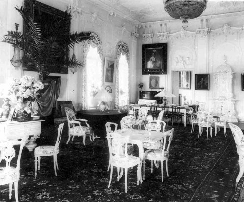 Комната на даче графини М.Э.Клейнмихель