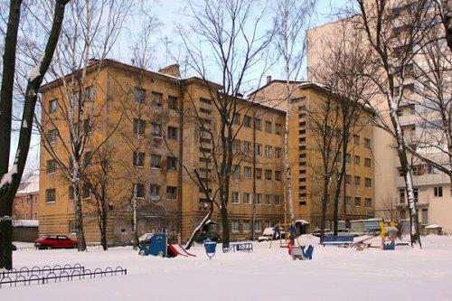 Улица Грота, до 1-3, лит. Г. Общий вид одного из корпусов жилмассива «Соцстрой».