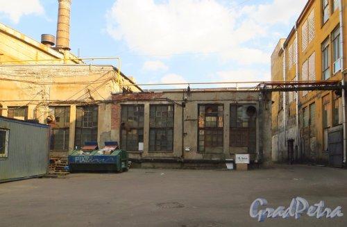 набережная реки Карповки, дом 5, литера Н. Электростанция производственного объединения «Ленполиграфмаш». Фото 8 сентября 2014 года.