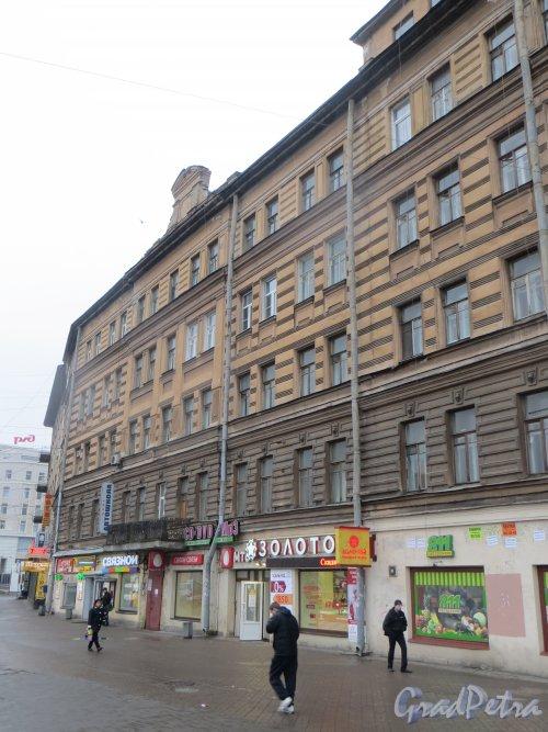 набережная Обводного канала, дом 122, литера А. Фасад со стороны площади Балтийского вокзала. Фото 11 марта 2015 года.