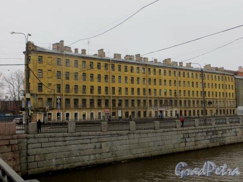 наб. Обводного канала, дом 128 / улица Розенштейна, дом 1. Фасад по Обводному каналу. Фото 11 марта 2015 года.