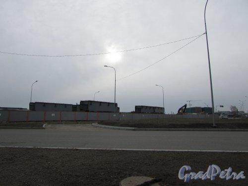Строительство набережной Адмирала Макарова в створе Адмиральского проезда. Фото 29 апреля 2017 года.