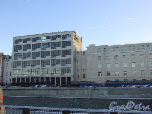 набережная Обводного канала, дом 14, литера Д. Общий вид здания. Фото 20 января 2017 года.