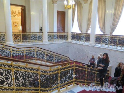 Наб. реки Фонтанки, д. 21. Шуваловский дворец. Парадная лестница. фото март 2016 г.