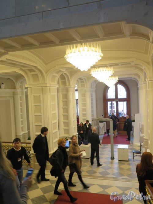 Наб. реки Фонтанки, д. 21. Шуваловский дворец. Вестибюль. фото март 2016 г.