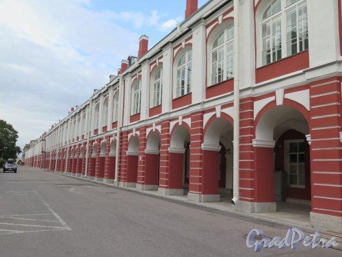Университетская наб., д. 7-9. Здание Санкт-Петербургского университета. Общий вид со стороны двора. фото сентябрь 2016 г.