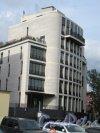 Наб. Мартынова, д. 74. Жилой комплекс «Дом у моря», 2005-2008. Фланкирующий корпус фото июнь 2018 г.
