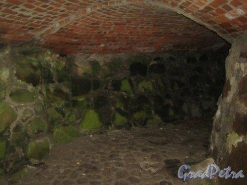 Лен. обл., Приозерский р-н, г. Приозерск, музей-крепость «Корела». Один из тоннелей. Фото 22 декабря 2013 г.