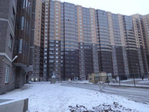 Мебельная улица, участок 4. Строительство жилого комплекса «Медный Всадник». Фото декабрь 2014 года.