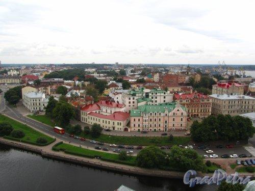 Ленинградская область, Выборг. Вид с Башни Выборгского замка на старый город. Фото 19 августа 2012 года.