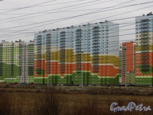 Жилой комплекс «Новая Охта». Дом № 10 (пр. Маршака, дом 12, корпус 2) Фото 22 апреля 2015 года.