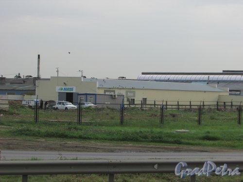 Всеволожский район, посёлок Новосаратовка. Технические постройки на территорию САОЗТ «Приневское». Фото 25 сентября 2015 года.