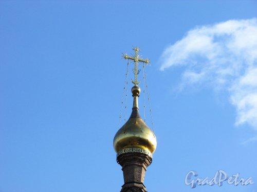 Лен. область, Ломоносовский район, деревня Гора Валдай. Маковка на колокольни Свято-Троицкой церкви. Фото 9 апреля 2016 года.