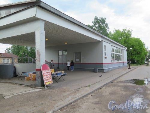 Сиверская, ж/д ст. Новый вокзал. фото июнь 2015 г.