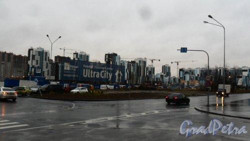 """ЖК «Ultra City». Общий вид жилого комплекса. Застройщик <a href=""""https://sevgorod.ru/object/ultracity/"""" target=""""_blank"""">«Северный город»</a>. Фото 16 ноября 2017 года."""