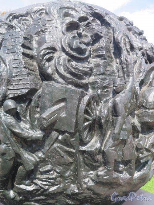 Шлиссельбург, г. Крепость Орешек. Мемориал защитникам крепости. Фрагмент центральной группы. фото август 2015 г.