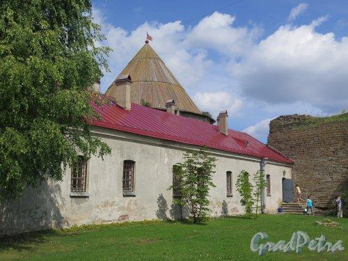 Шлиссельбург, г. Крепость Орешек. Секретный дом (Старая тюрьма), 1798, арх. Патон. фото август 2015 г.