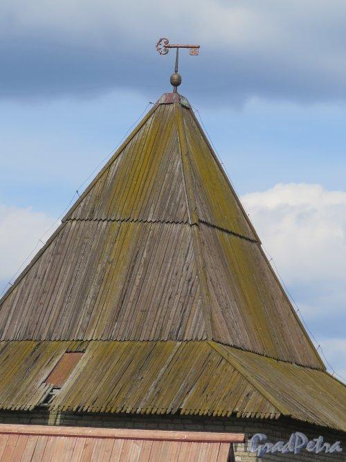 Шлиссельбург, г. Крепость Орешек. Государева (Воротная) башня. Навершие. фото август 2015 г.