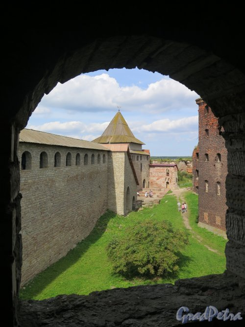 Шлиссельбург, г. Крепость Орешек. Вид крепости из галереи. фото август 2015 г.