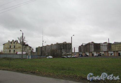 Вид на строительство жилого комплекса «Первый Квартал» со стороны Ново-Рыбинской улицы. Фото 5 ноября 2019 года.