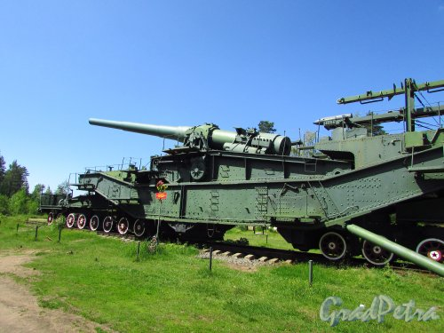 Форт «Красная Горка». Железнодорожный артиллерийский транспортер ТМ-3-12 (305 мм). Фото 20 июня 2016 года.