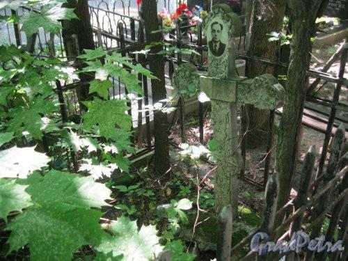 Красненькое кладбище. Безымянное захоронение. Фото 6 августа 2015 г.