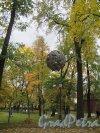 Измайловский сад. Адрес: наб. реки Фонтанки, д. 114. Часть сада. Фото октябрь 2011 г.