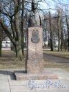 Московский Парк Победы. Аллея героев. Памятник М.П. Панфилову. Фото апрель 2014 г.