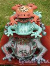 ЦПКиО. Елагин остров, Восточная поляна. Выставка под открытым небом «Стекло и керамика в пейзаже». Композиция «Лягушки». фото июнь 2015 г
