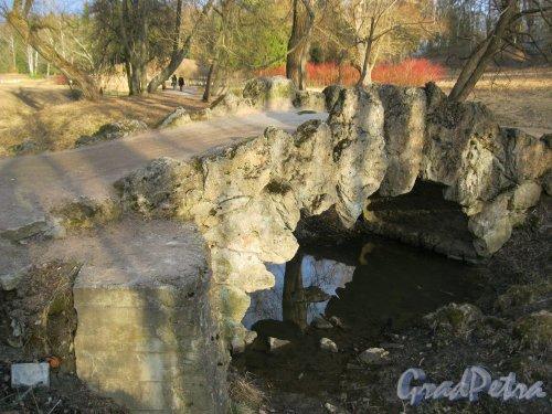 г. Павловск, Павловский парк. Горбатый мостик. Фото 28 марта 2014 г.